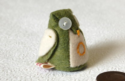 Little 'O' Owl in Green